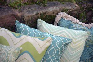 GeoBella<sup>®</sup> Sitzpolstergewebe für außen in Aqua und Blaugrün