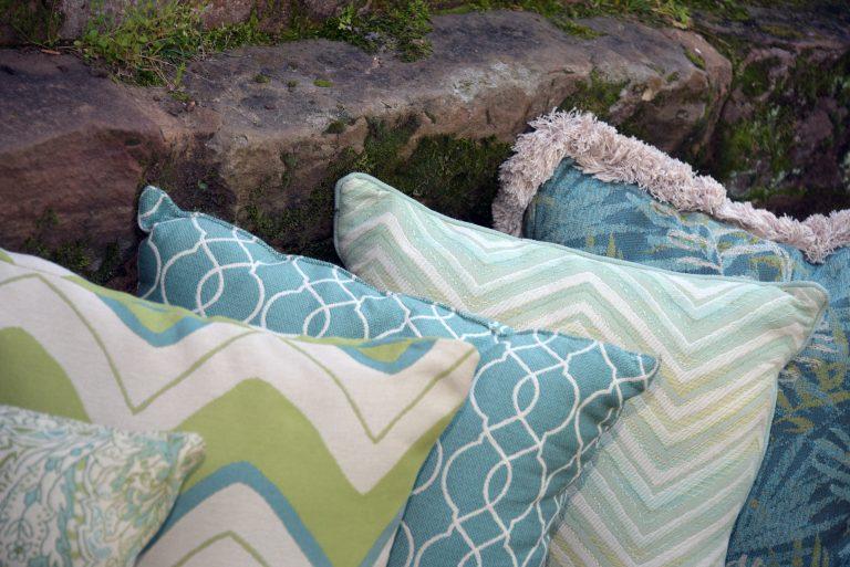 Phifer GeoBella Aquas Teals Outdoor Kissen und Kissen Stoff