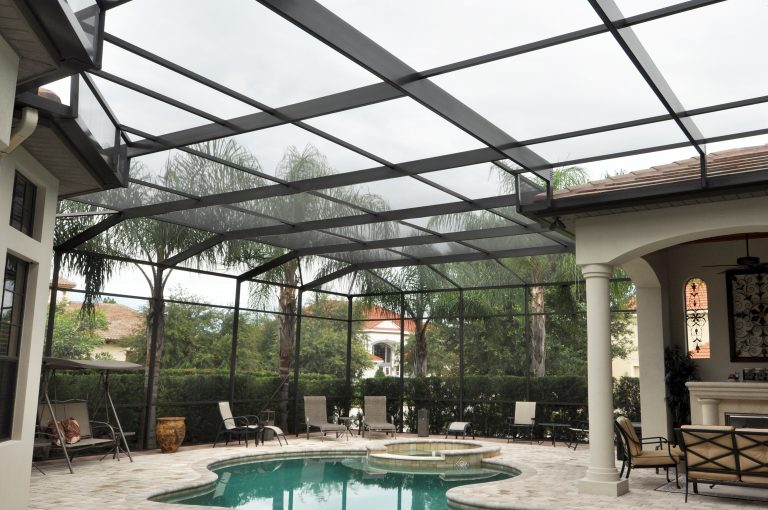 Malla para cuarto de piscina y patio Phifer BetterVue